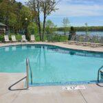 Pats Landing Resort Swimming pool